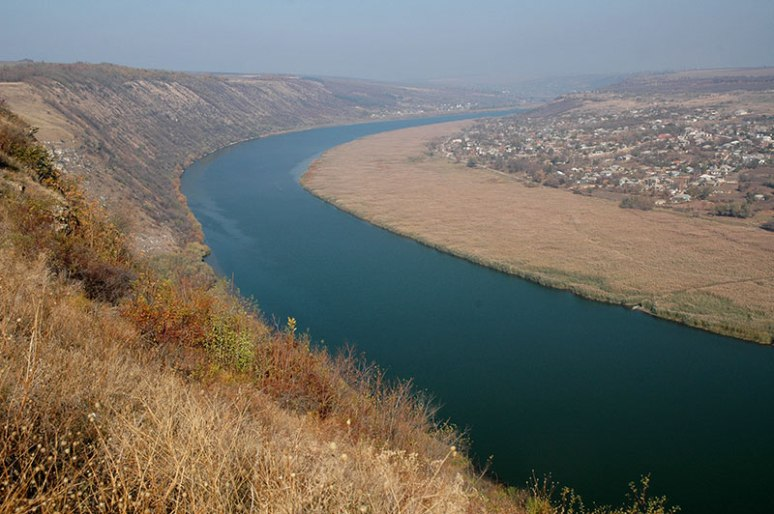 Dniester River, Ţipova, Moldova